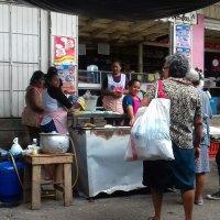 ▶ Tortillas de Maíz en el Mercado Oriental